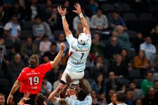Le Racing 92 s'impose de justesse face à Grenoble