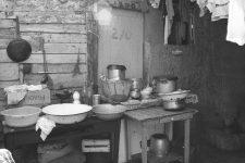 Une exposition sur les anciens bidonvilles deNanterre