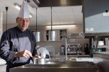 Le roi des cuisiniers de collectivité en restauration directe