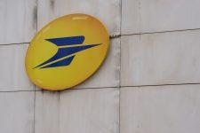 Les postiers des Hauts-de-Seine bloquent le siège de La banque postale