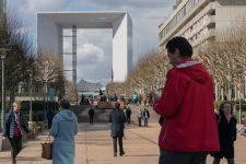 Paris La Défense veut accessoiriser et verdir l'esplanade