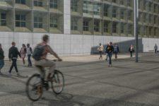 Difficile d'être cycliste à l'heure de pointe