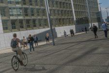 La dalle, zone piétonne, n'aura pas de piste cyclable