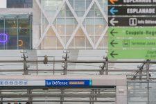 La gare de la Défense moins fréquentée  depuis le confinement?