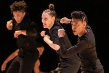 Un spectacle de danse hip hop sur la féminité