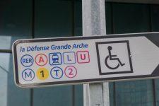 Offre de transports: pas de changement important à la Défense