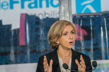 Régionales: Valérie Pécresse en tête malgré l'abstention