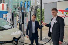TotalEnergies et Uber s'associent au profit de « la mobilité électrique »